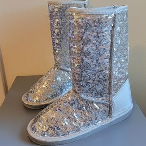 Warm Boots - Sequined and Fuzzy-lined